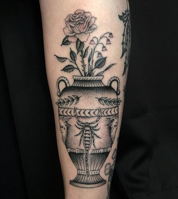 tatouage de fleur par Antoine