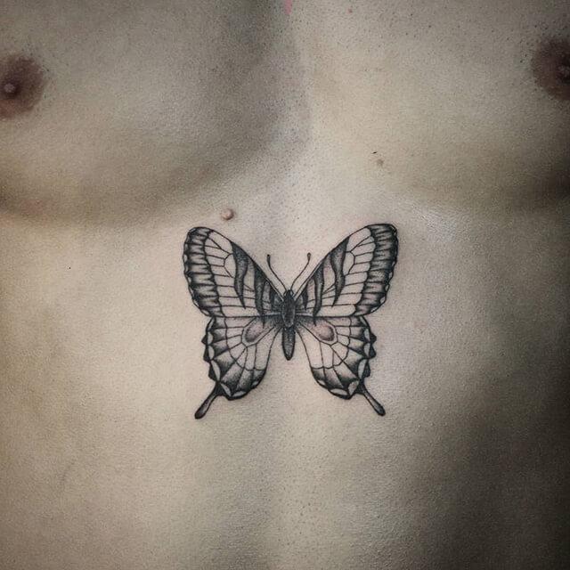 tatouage coeur barbelé