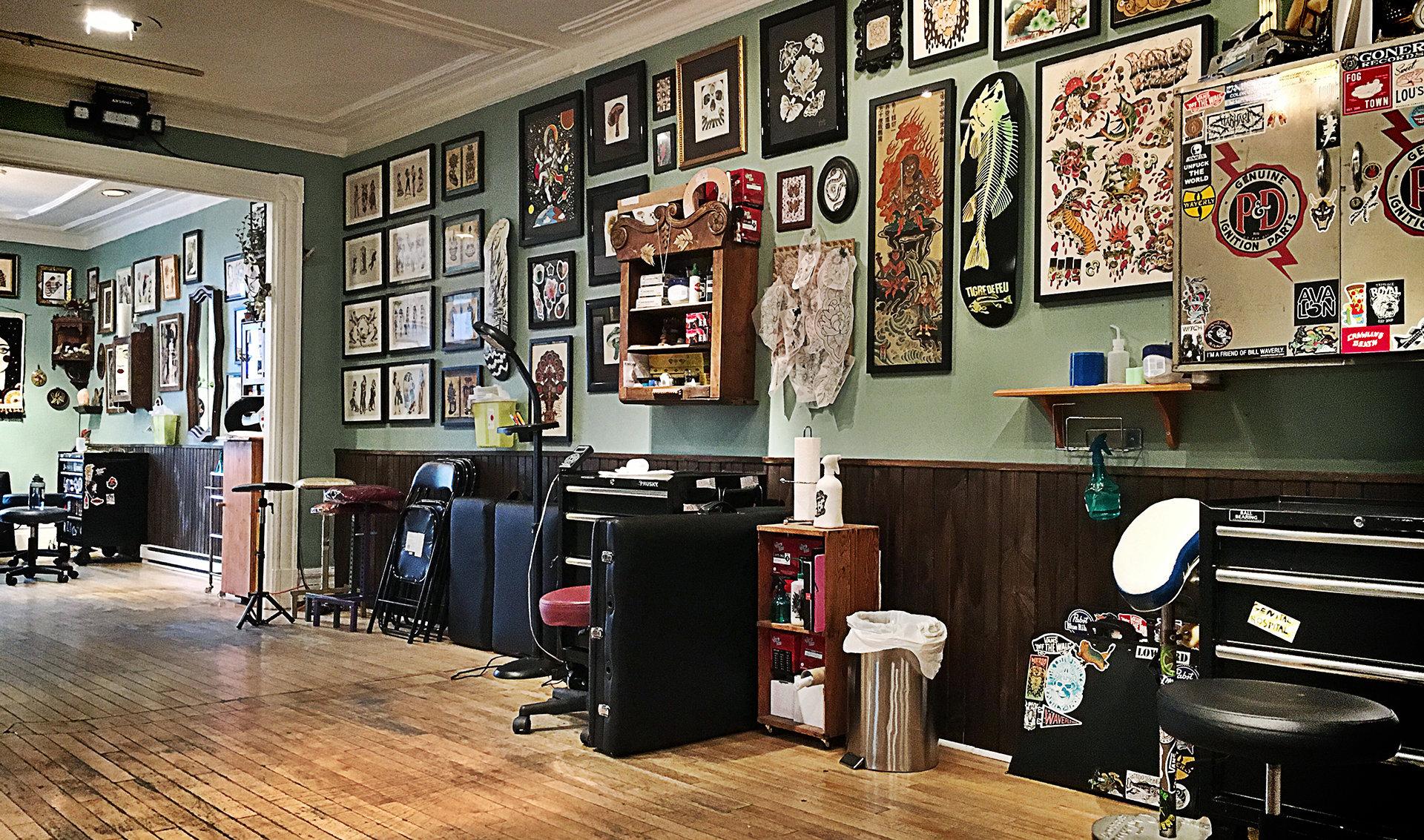 Salon De Tatouage Royal Tatouage Royal Salon De Tatouage