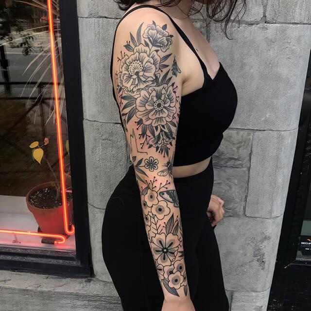 tatoueuse ashley dale bouquet de fleurs